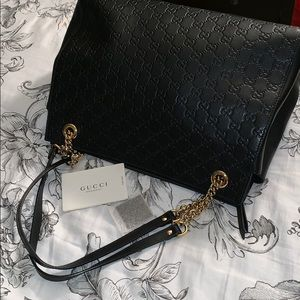 Gucci Large Signature Leather Shoulder Bag